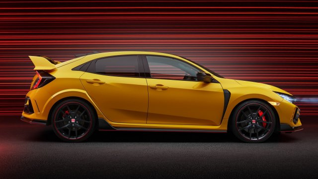 2021-honda-civic-type-r-limited-edition-07.jpg